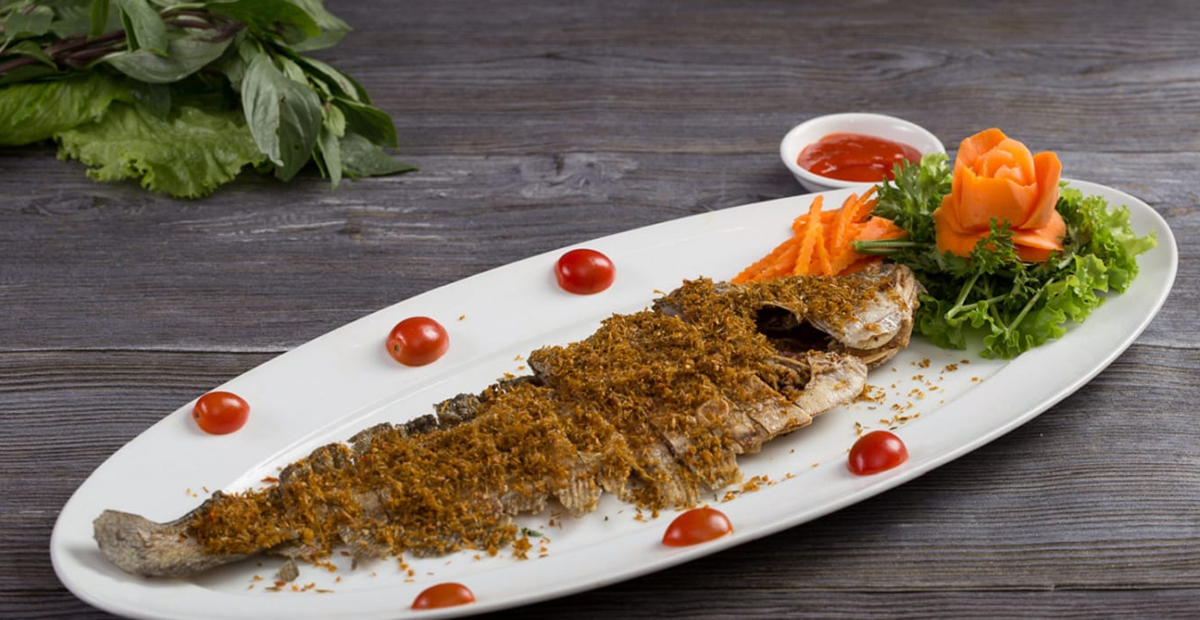 Cá thát lát ướp sả ớt chiên giòn